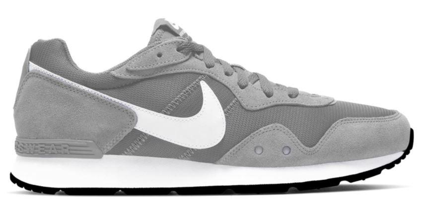 Lichtgrijze heren sneakers Nike Venture Runner - CK2944-003