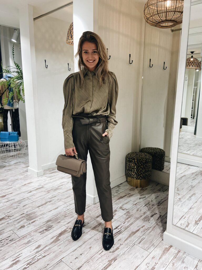 seal brown leren Est'Seven Paris ruffle trousers