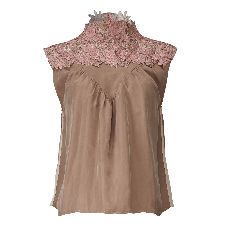 Roze dames top met kanten hals Gustav - 24627