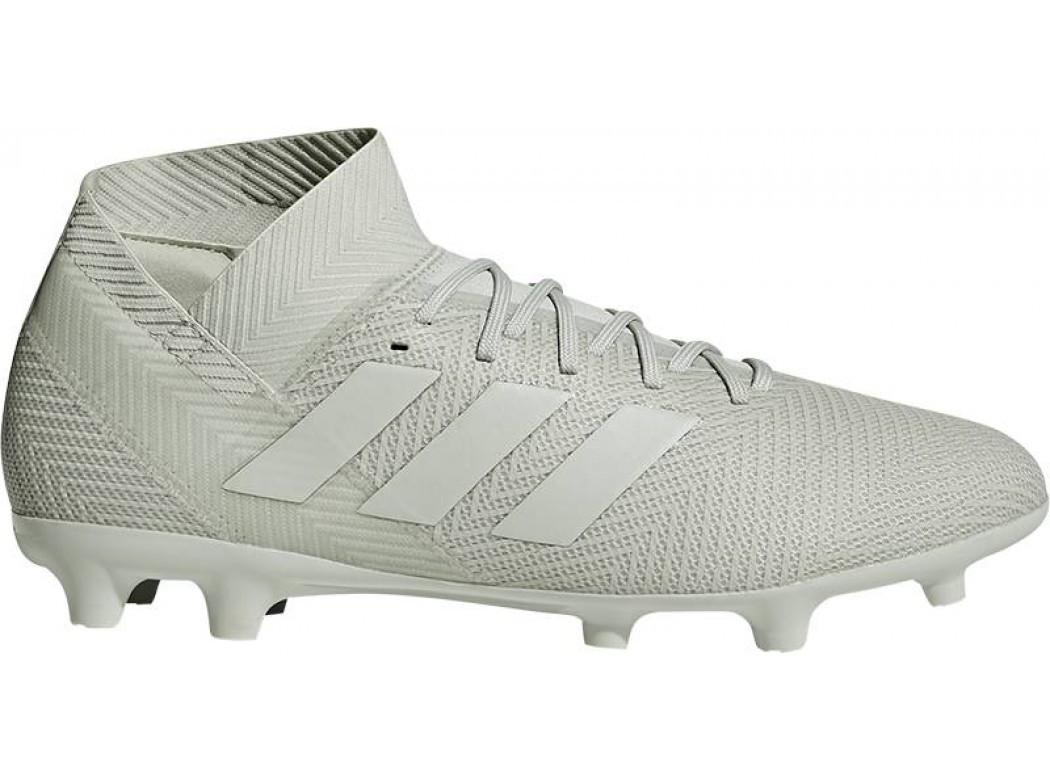 Olijfgroene voetbalschoenen Adidas Nemeziz 18.3 - DB2110