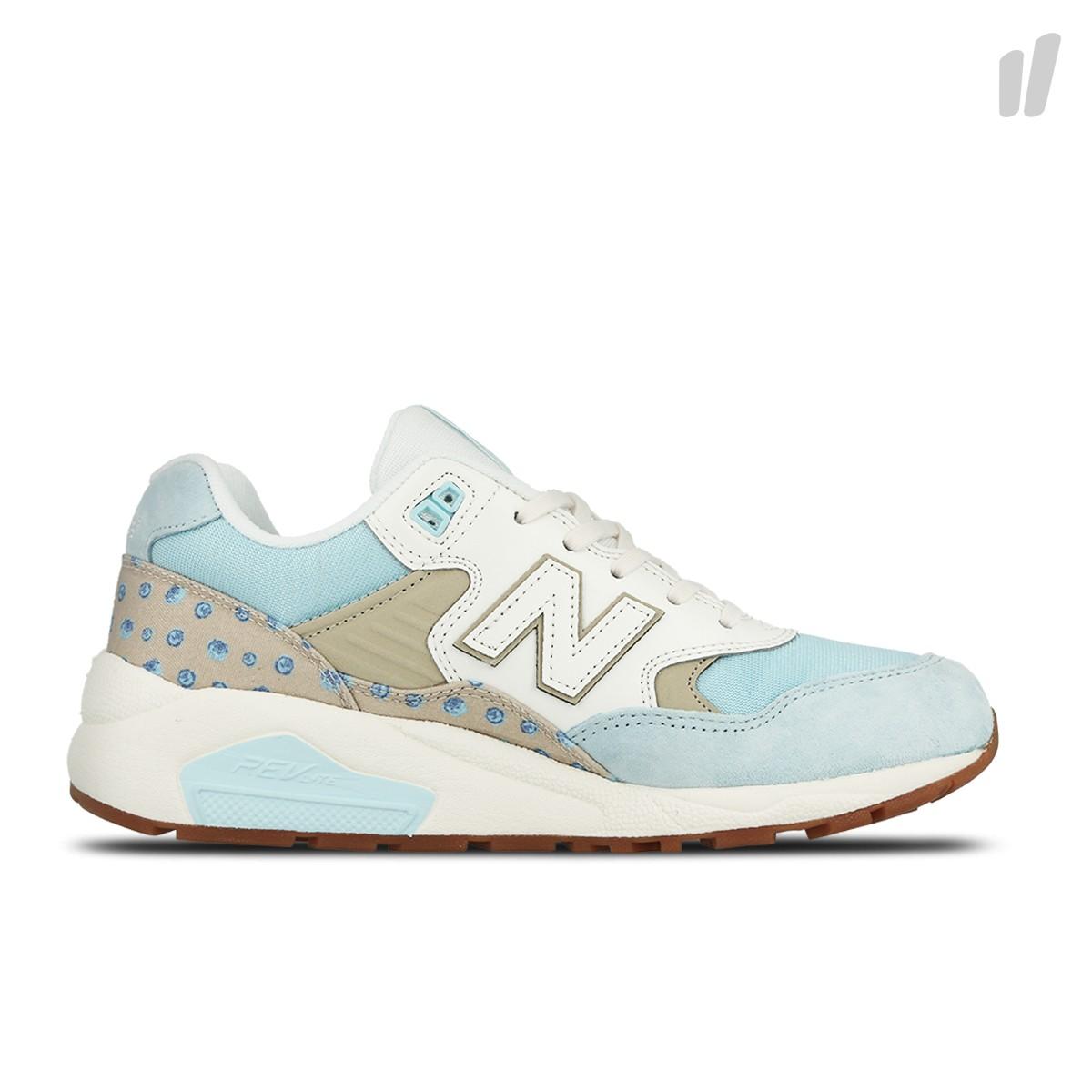 blauw witte dames sneaker New Balance WRT580KB