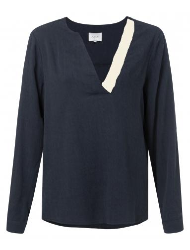 Donkerblauwe YAYA blouse met contrasterende ribkraag - 1901200-922, 93922